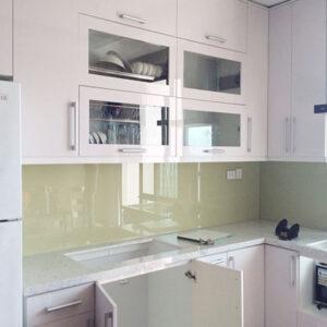 Kính màu ốp bếp BNH02