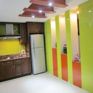 Kính màu ốp tường MOT01