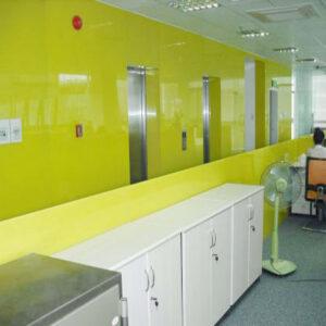 Kính màu ốp tường MOT02