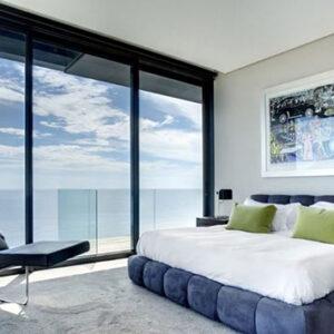 cách âm phòng ngủ bằng cửa kính